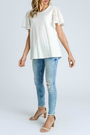 Doe & Rae Fancy Sleeve - Side cropped