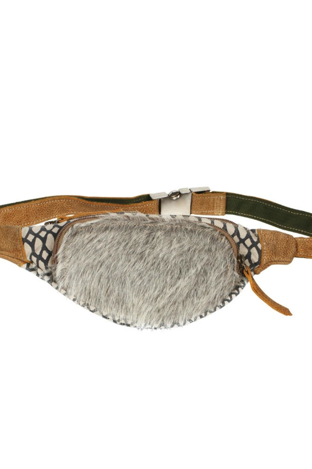 Myra Bags Fanny Pack - Side Cropped Image
