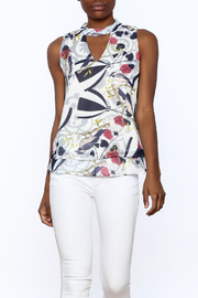Fashion Pickle Floral Print Top - Product Mini Image