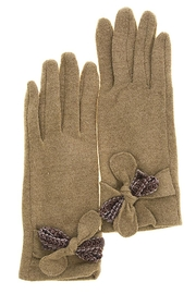 Fashion Bella Textured Bow Gloves - Front cropped