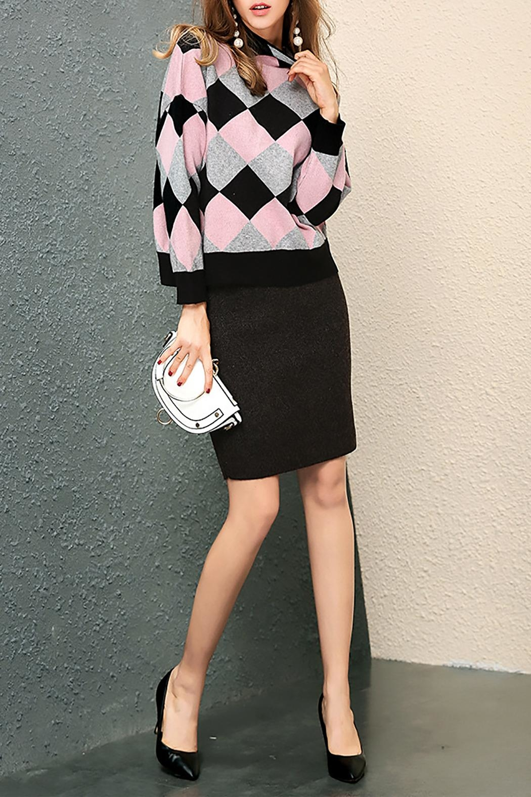 Fashion Pickle Pink Black Sweater - Front Full Image