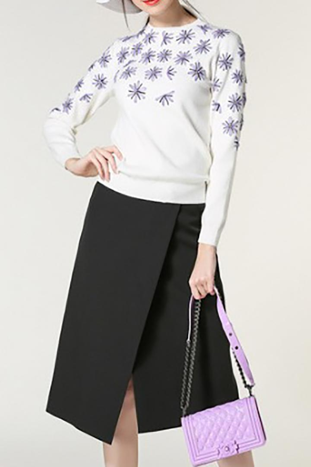 Fashion Pickle Purple Flowers Sweater - Side Cropped Image
