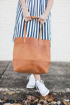 FashionAble Everyday Leather Tote - Alternate List Image