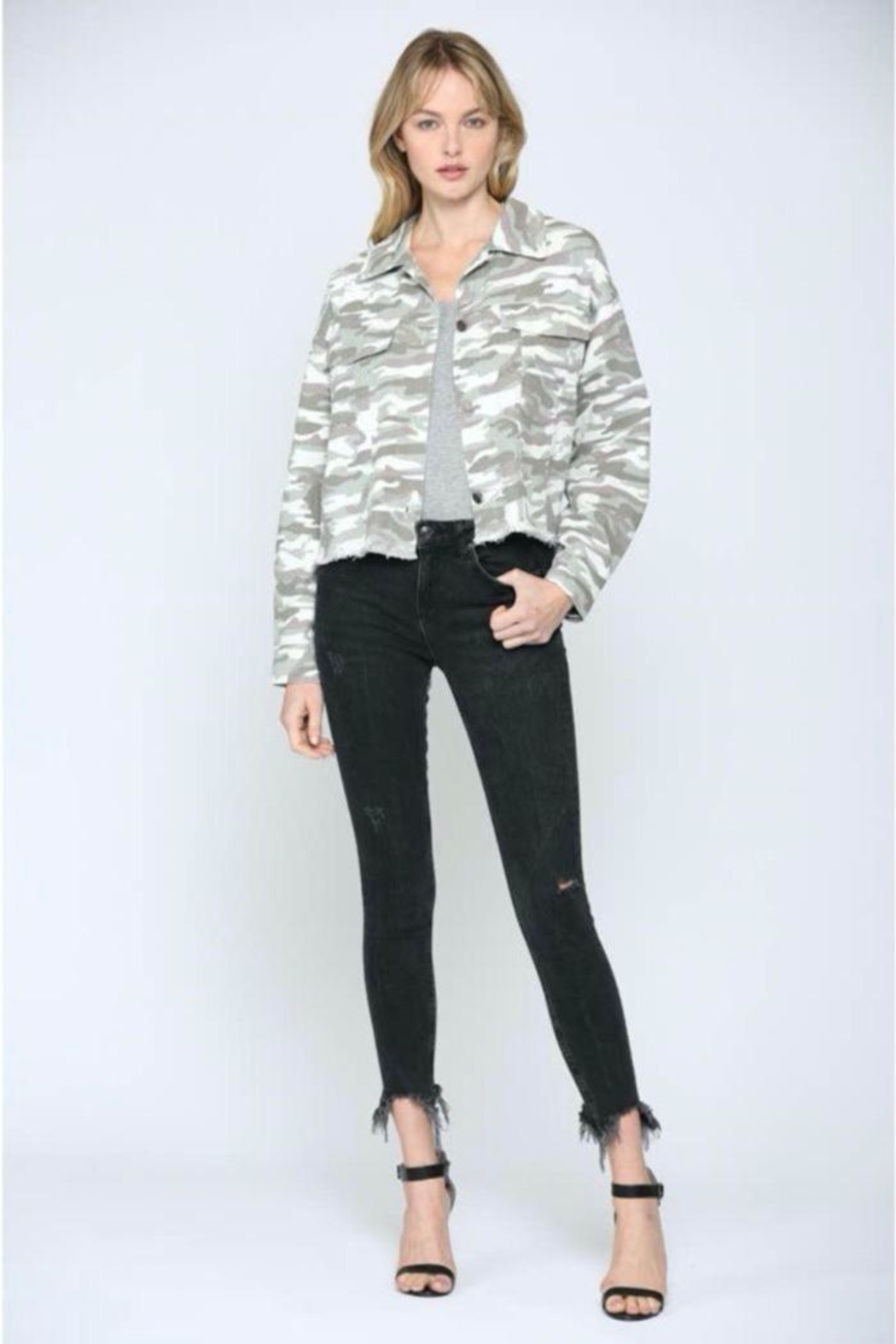 FATE by LFD Camo Printed Crop Boxy Jacket - Back Cropped Image