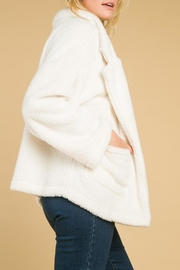 Honey Punch Faux Fur Coat - Side cropped