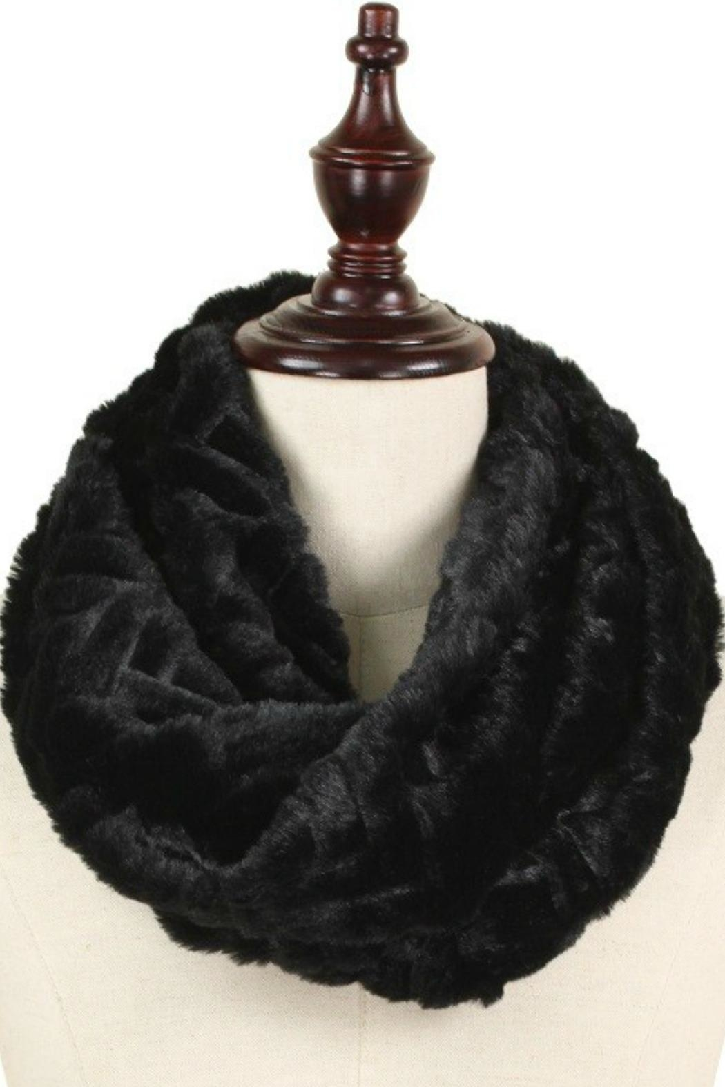 Olive & Pique Faux-Fur Infinity Scarf - Front Cropped Image