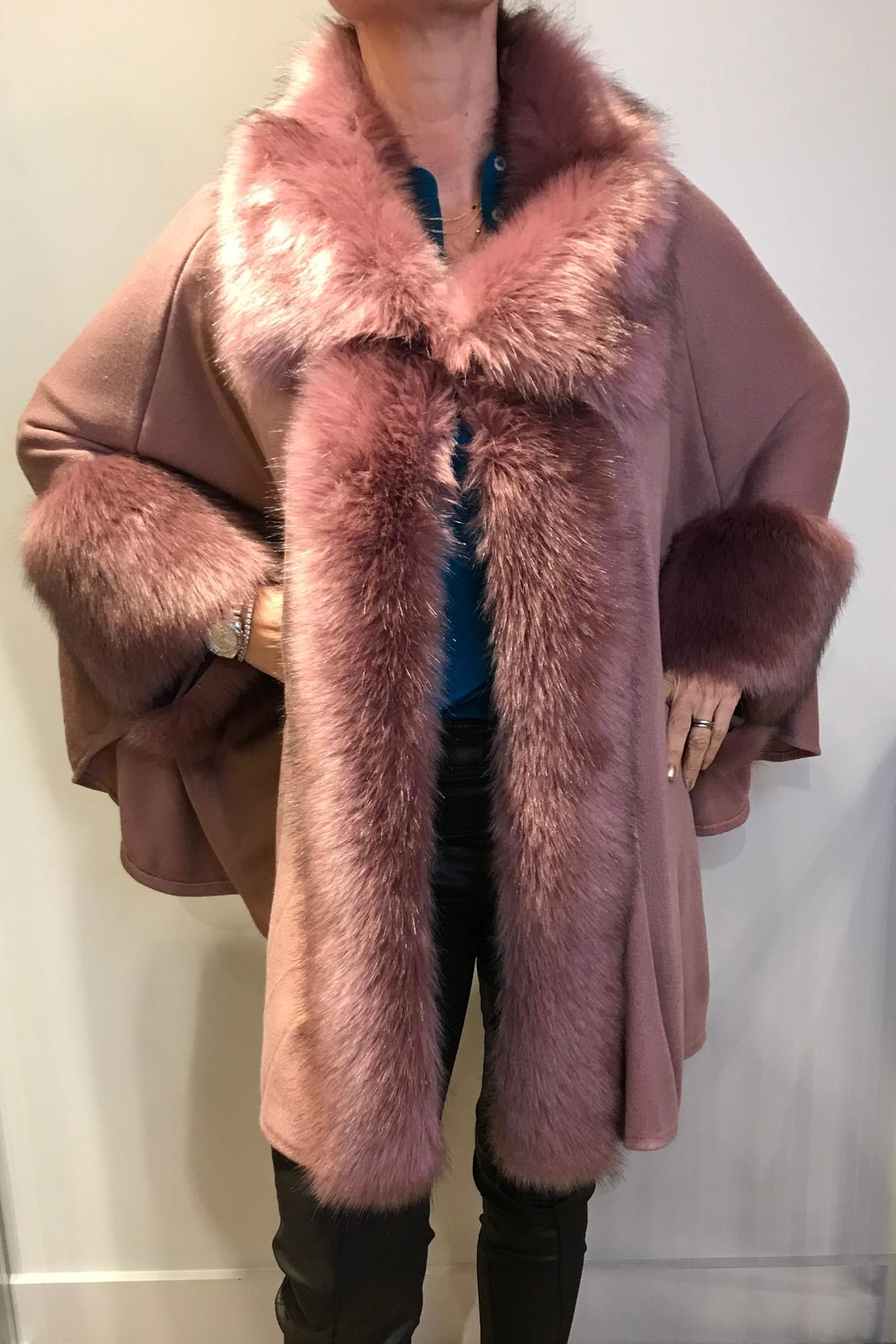 JayLey Faux-Fur Knitted Cape - Main Image