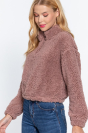 Active Basic faux fur mock neck pullover - Front cropped