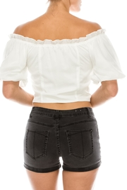 Favlux String Front Top - Side cropped
