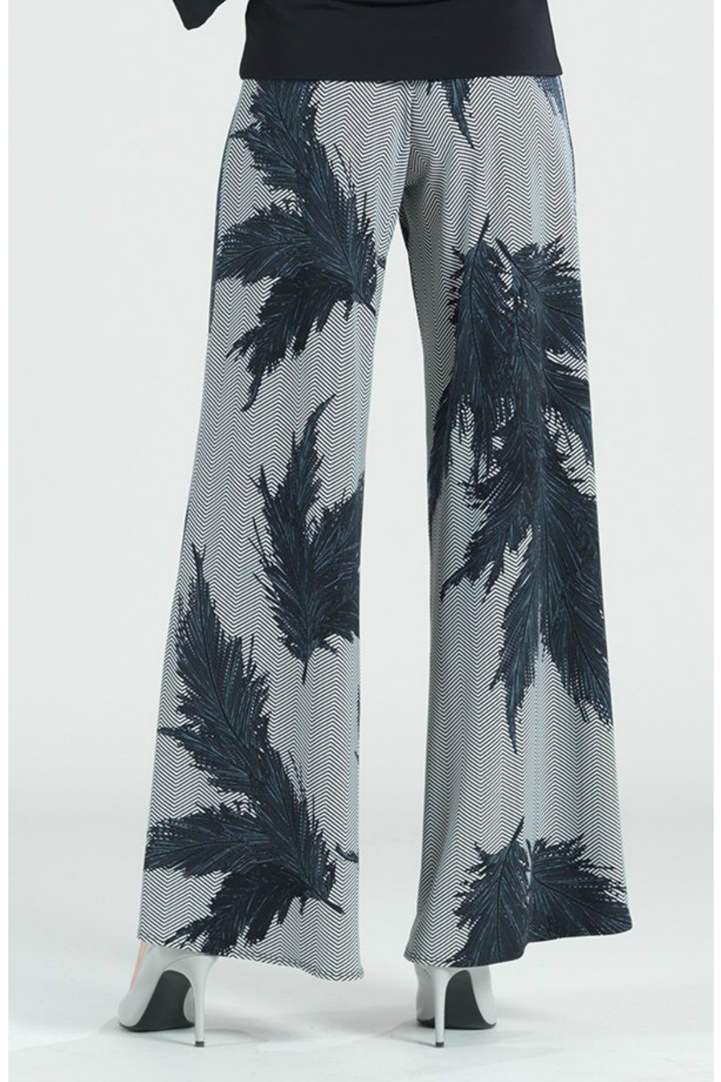 Clara Sunwoo Feather print palazzo pant - Side Cropped Image