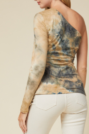 entro  Feeling Fall Top - Side cropped