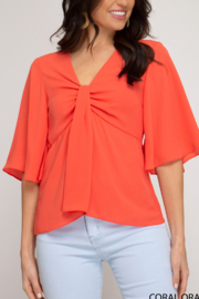 She and Sky Feeling Flirty & Fun top - Front cropped