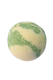 Feeling Smitten Lime Cooler Bath Bomb - Front cropped