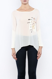 Femme Fatale Printed Pocket Cream Top - Side cropped