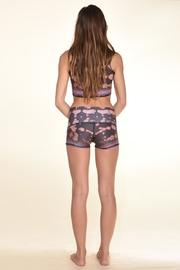 Teeki Festival Yoga Shorts - Back cropped