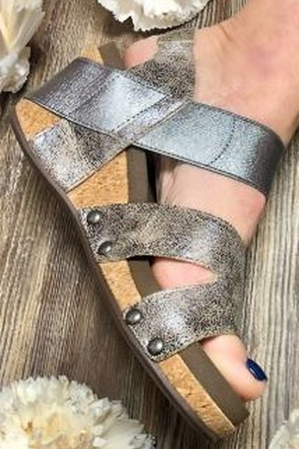 Corky's Shoes Fig Wedge - Back Cropped Image