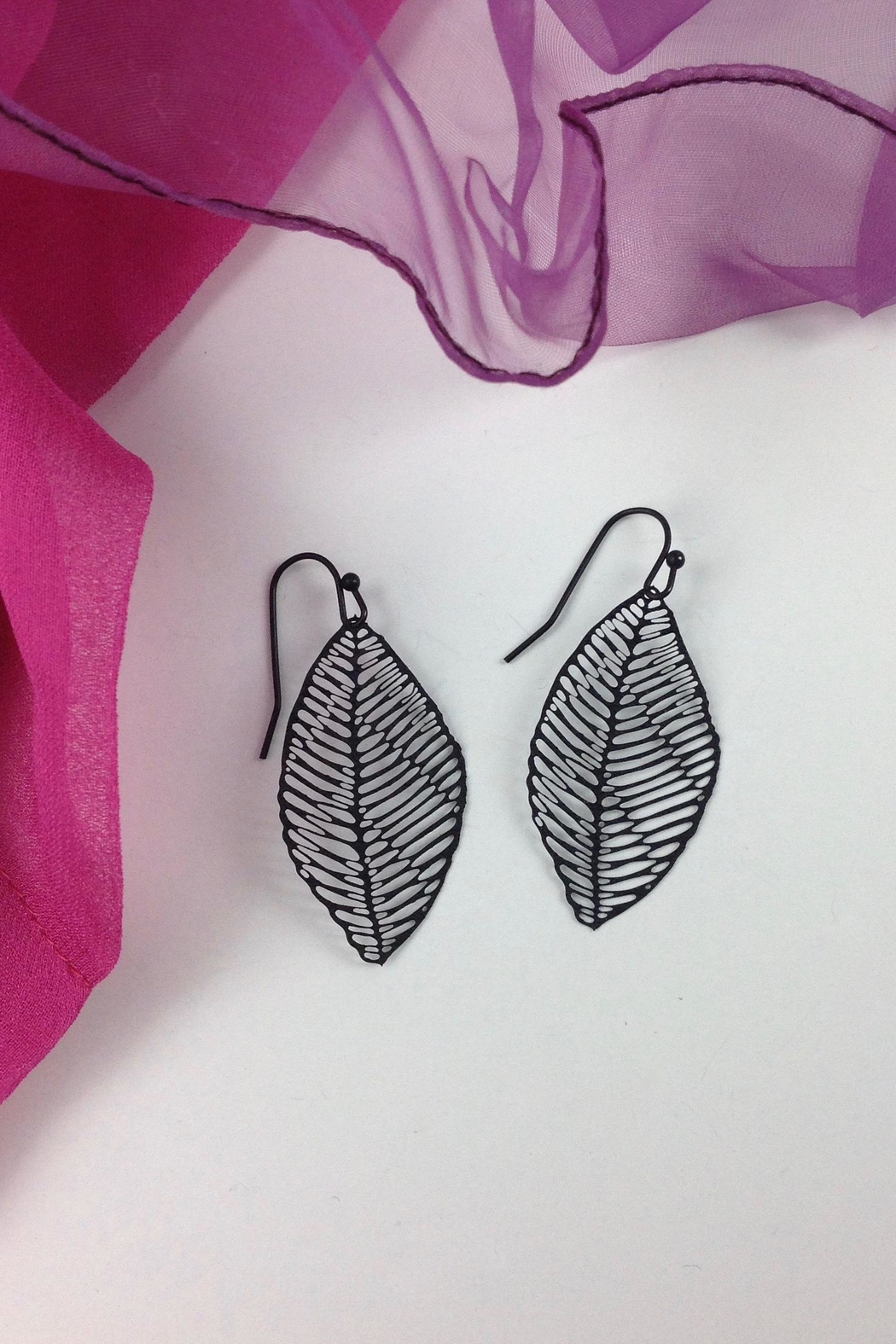 GHome2 Filigree Leaf Earrings - Front Cropped Image