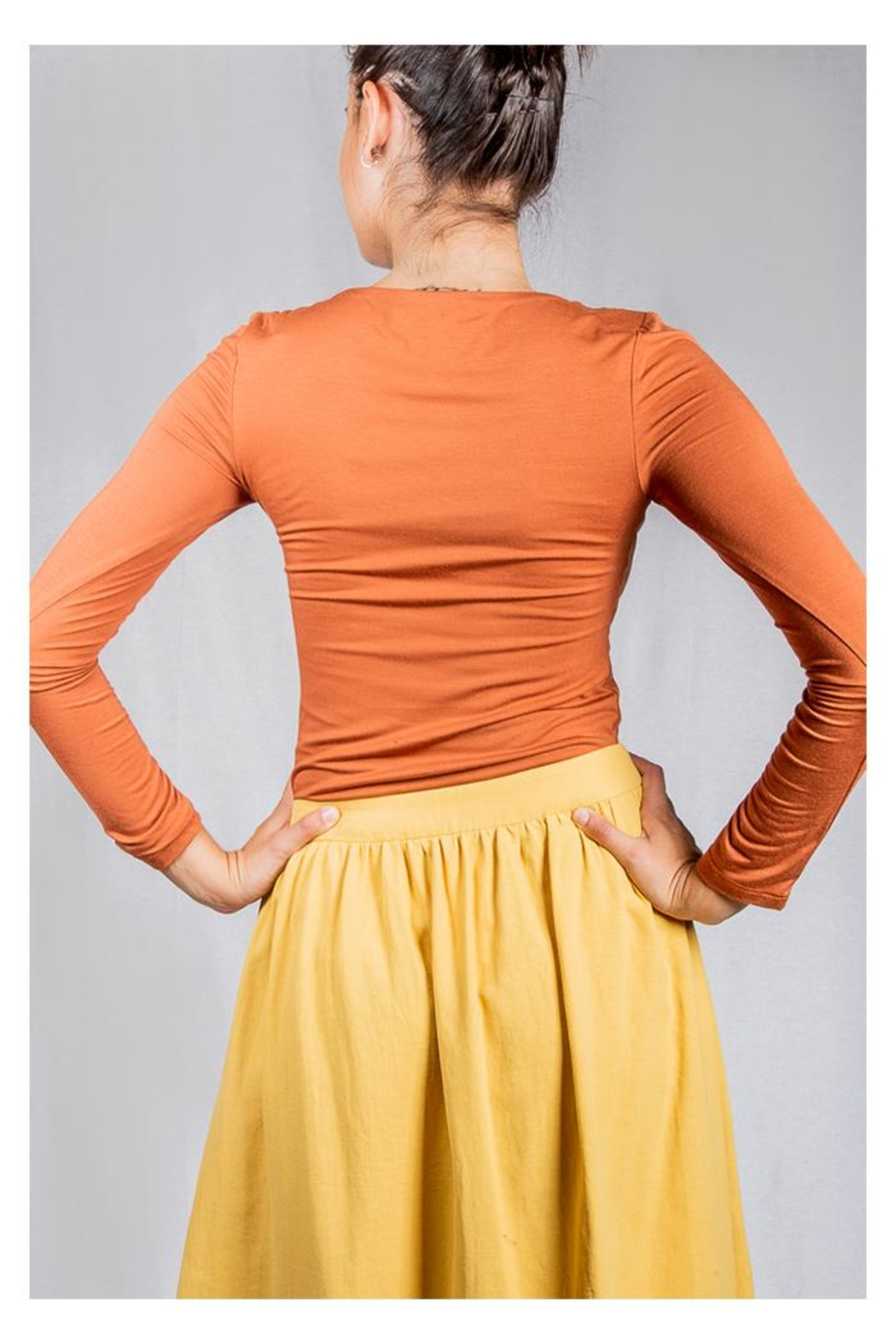 Final Touch Scoop-Neck Double-Layer Top - Side Cropped Image