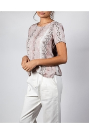 Final Touch Snake Patten Tee - Side cropped