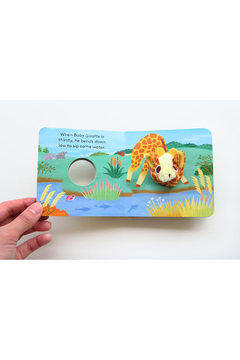 Chronicle Books Finger Puppet Book - Alternate List Image