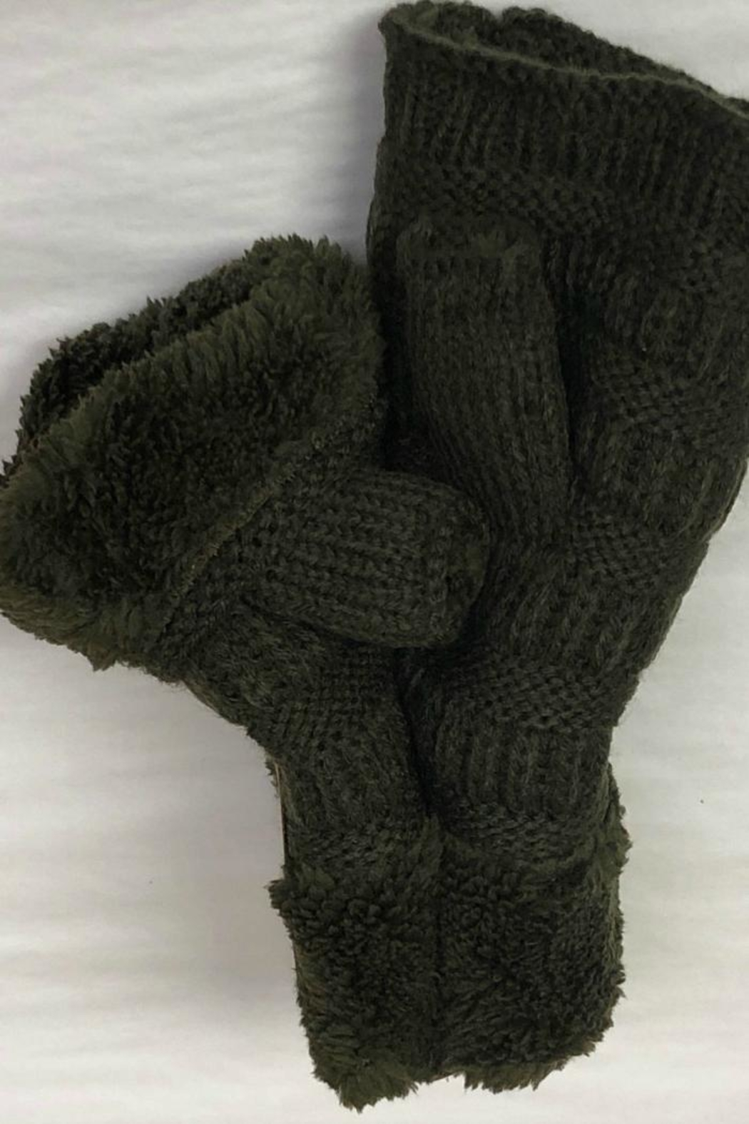 Bedford Basket Fingerless Sherpa Mittens - Front Cropped Image