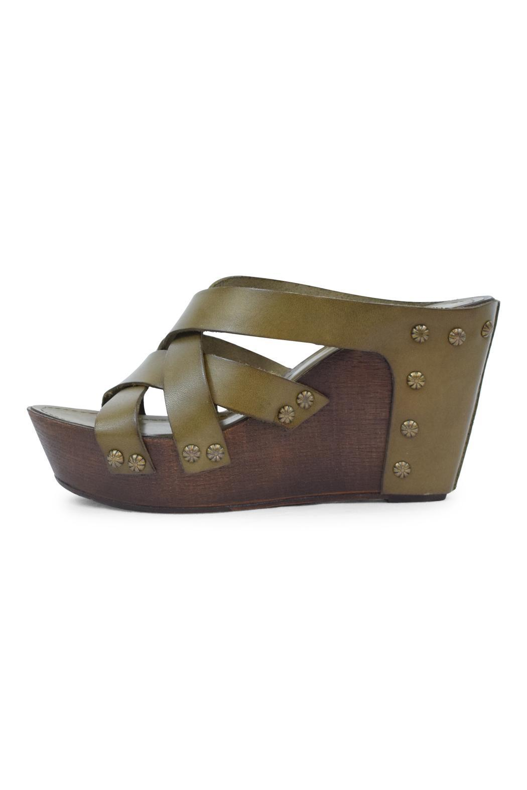 Khrio Olive Leather Wedge - Front Cropped Image