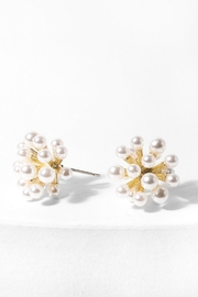 Saachi Firework Pearl Earring - Front cropped