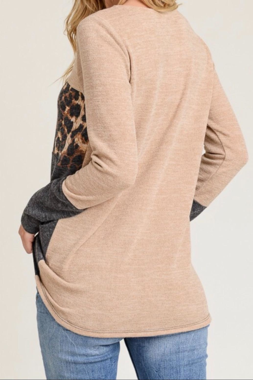 First Love Leopard Contrast Top - Side Cropped Image