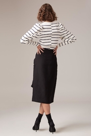 C/MEO COLLECTIVE Fitted Linen Skirt - Side cropped