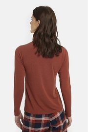 Compania Fantastica Fitted Turtle Neck - Front full body