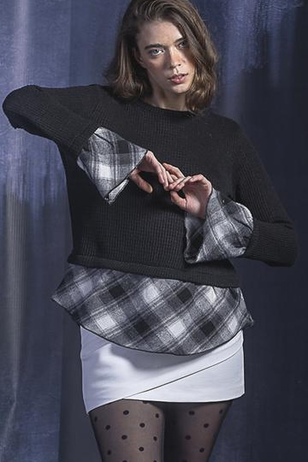 Vivante by VSA Flirty Fall Sweater - Side Cropped Image