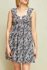 entro  Flirty Floral dress - Front cropped