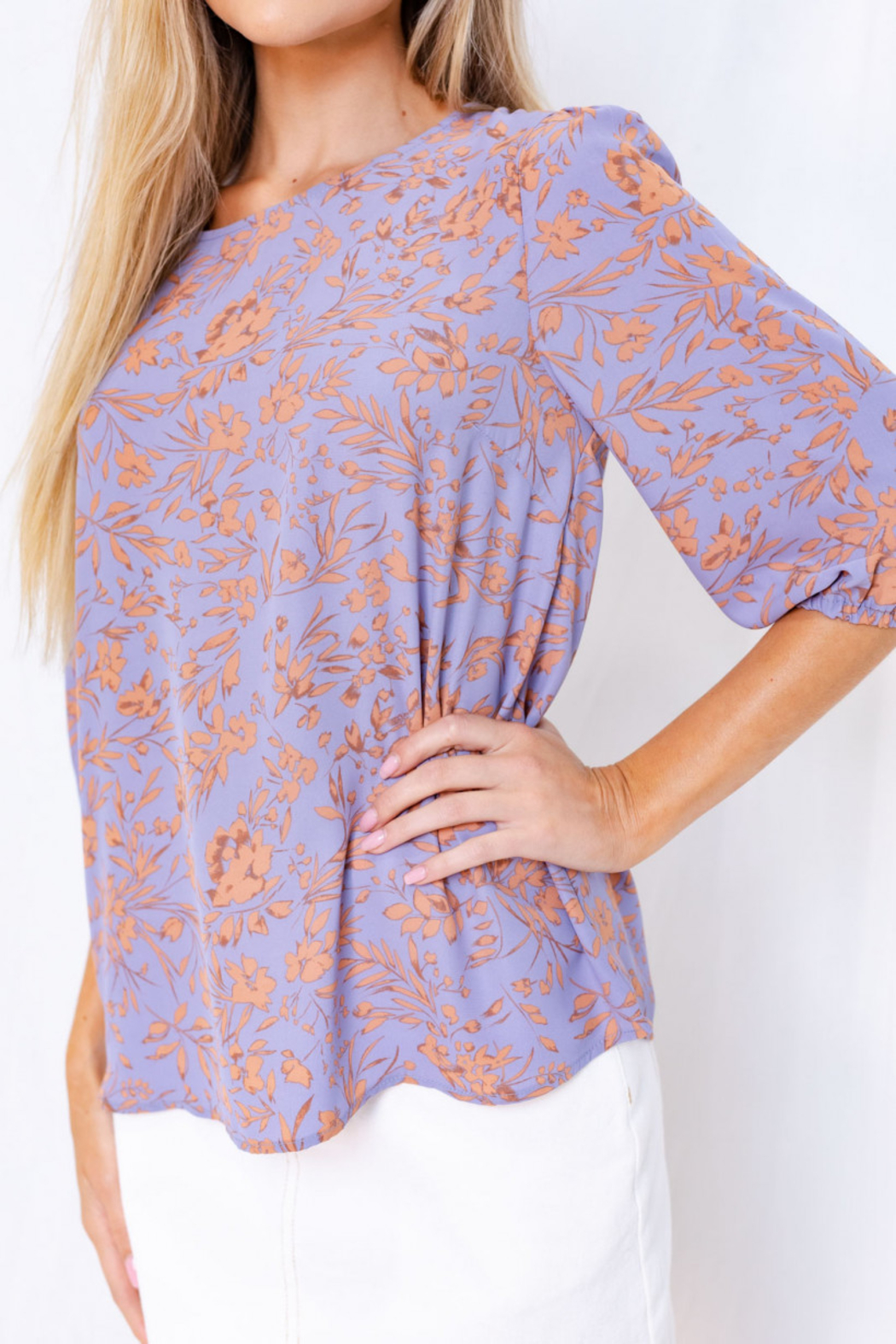 Gilli  Floral 3/4 Sleeve Top with Keyhole - Side Cropped Image
