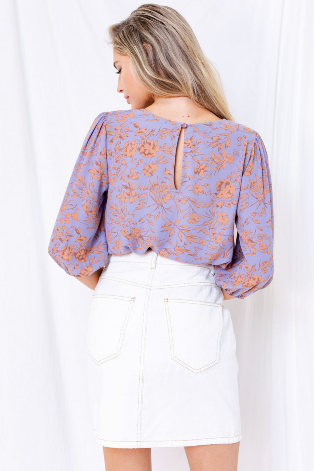Gilli  Floral 3/4 Sleeve Top with Keyhole - Back Cropped Image
