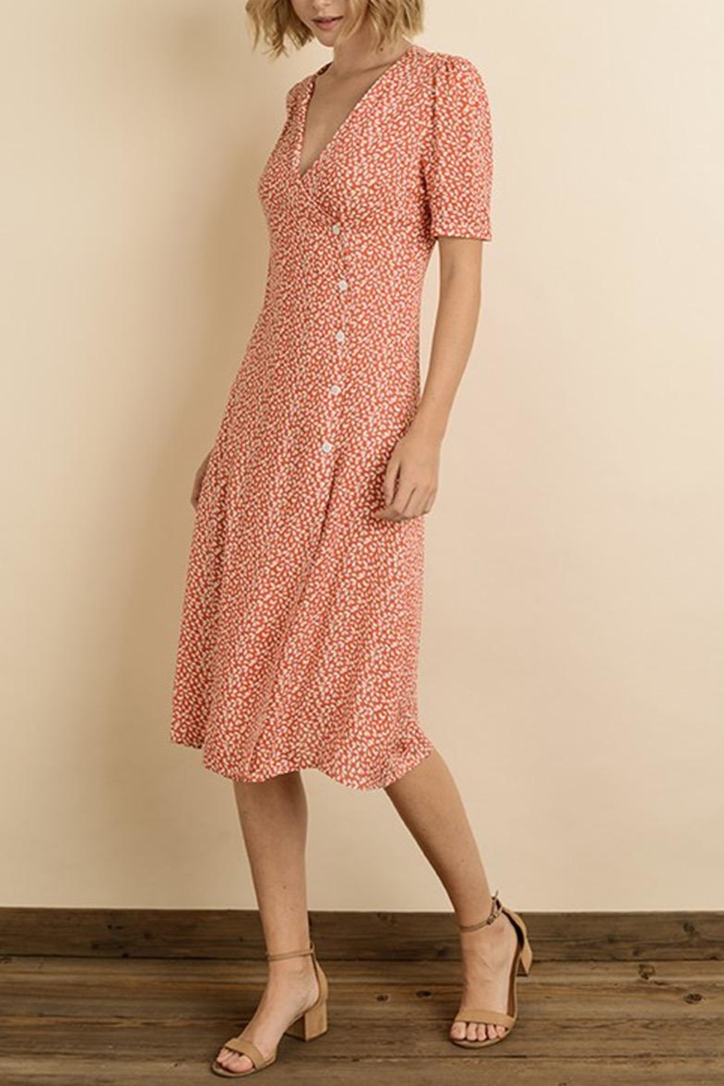 dress forum Floral Button-Down Midi - Back Cropped Image