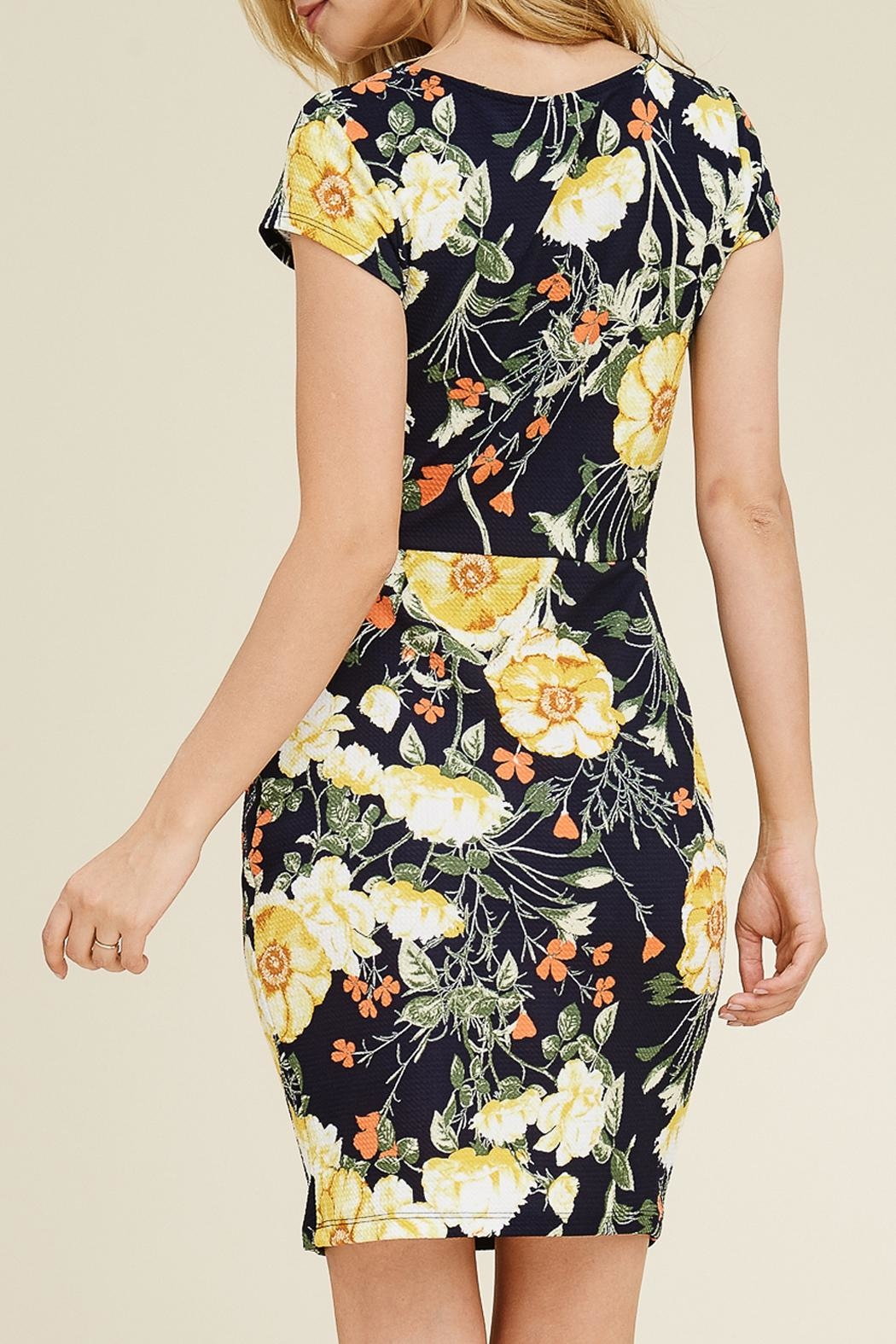 Riah Fashion Floral Cap-Sleeve Dress - Side Cropped Image
