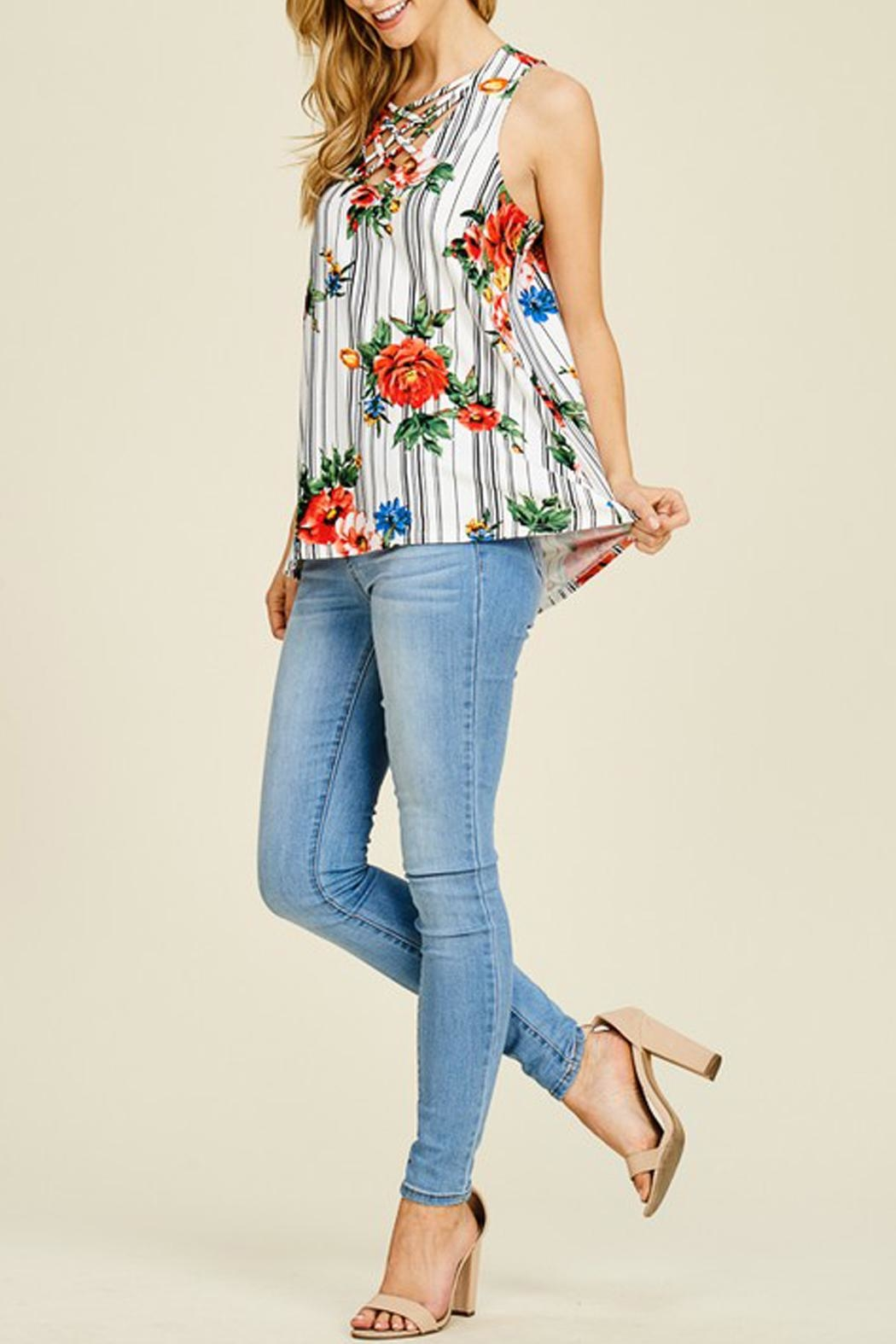 White Birch Floral Criss-Cross Tank - Side Cropped Image