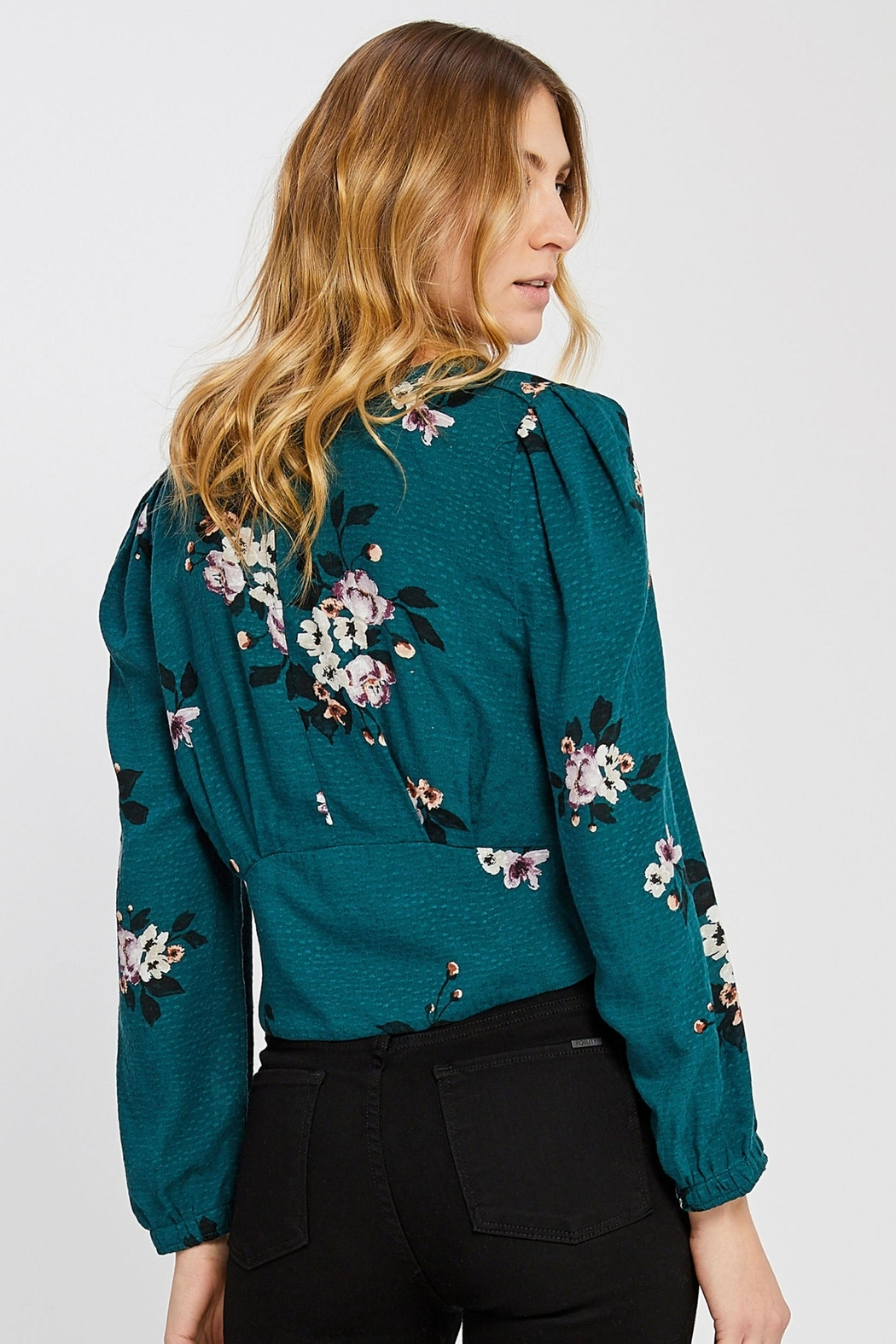 Gentle Fawn Floral Cropped Blouse - Side Cropped Image