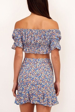 Olivaceous Floral Cropped Top - Alternate List Image