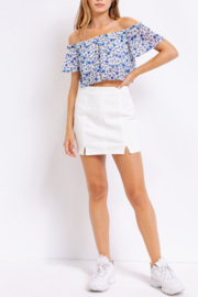 Le Lis Floral Cutie Top - Side cropped