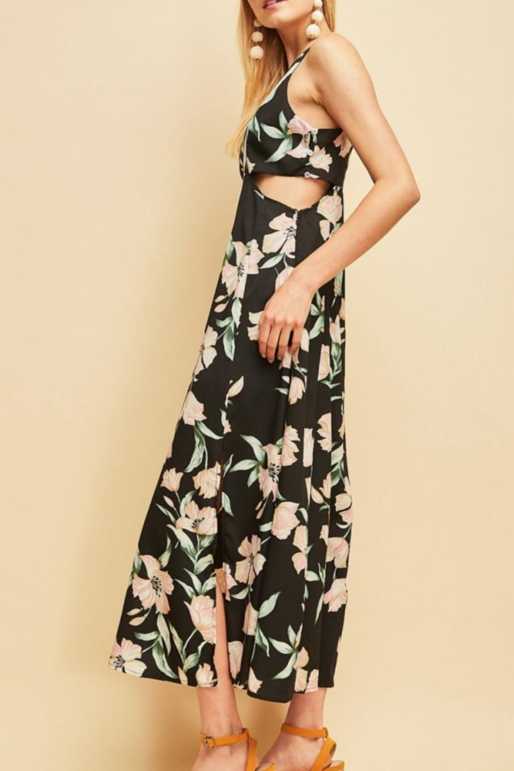 Entro Floral Cutout Maxi - Side Cropped Image