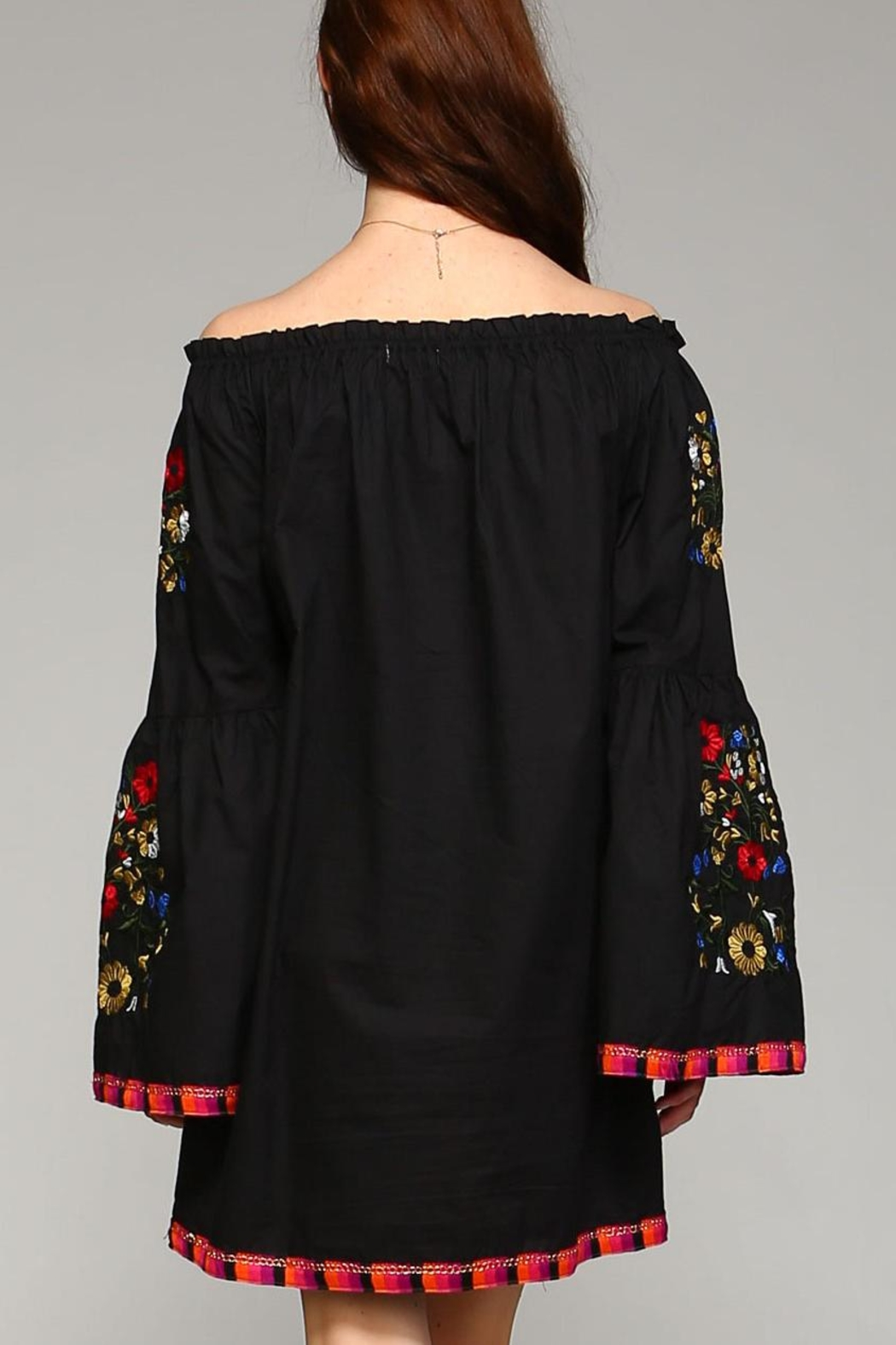 Velzera Floral-Embroidered Off-Shoulder Dress - Side Cropped Image