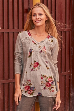 Gretty Zuegar Floral Embroidered Top - Alternate List Image