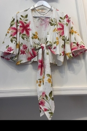 hummingbird Floral Flare Top - Front cropped