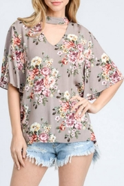 Jodifl Floral Keyhole-Cutout Top - Product Mini Image
