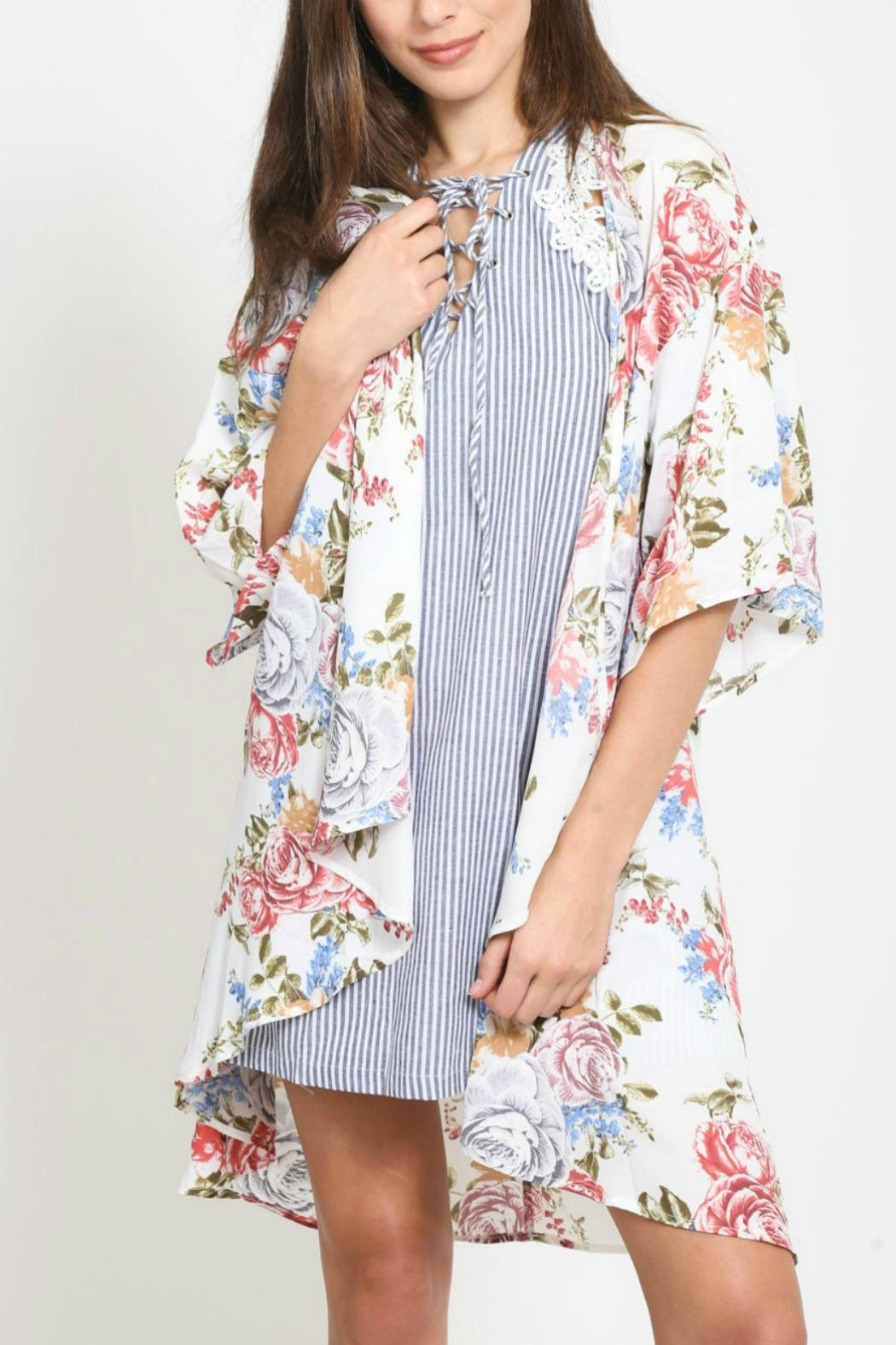 LoveRiche Floral Kimono - Front Cropped Image