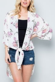 Lyn-Maree's  Floral Kimono - Front cropped