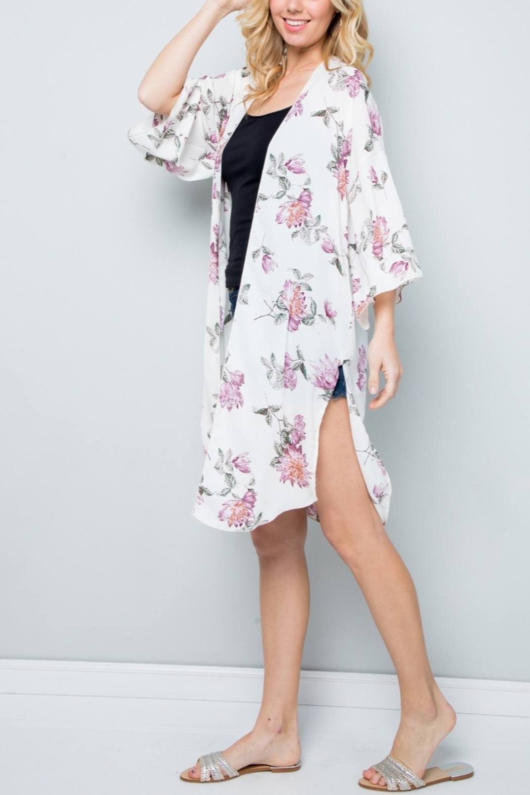 Lyn-Maree's  Floral Kimono - Front Full Image