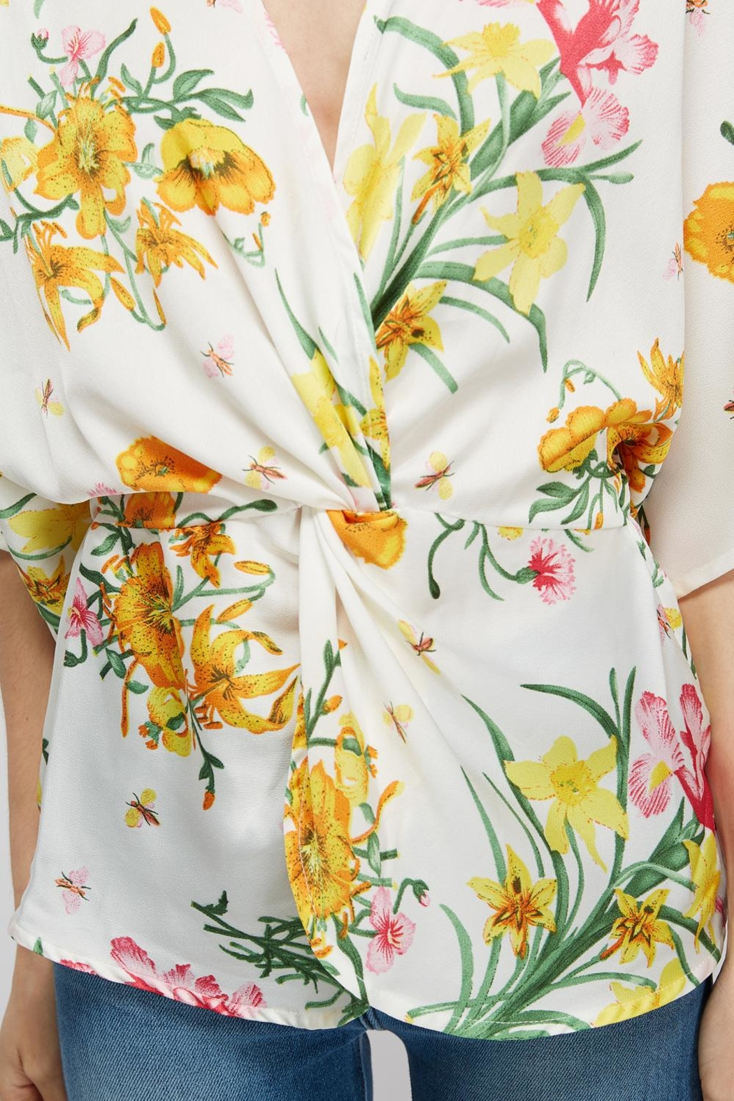 Idem Ditto  Floral Knot Blouse - Back Cropped Image