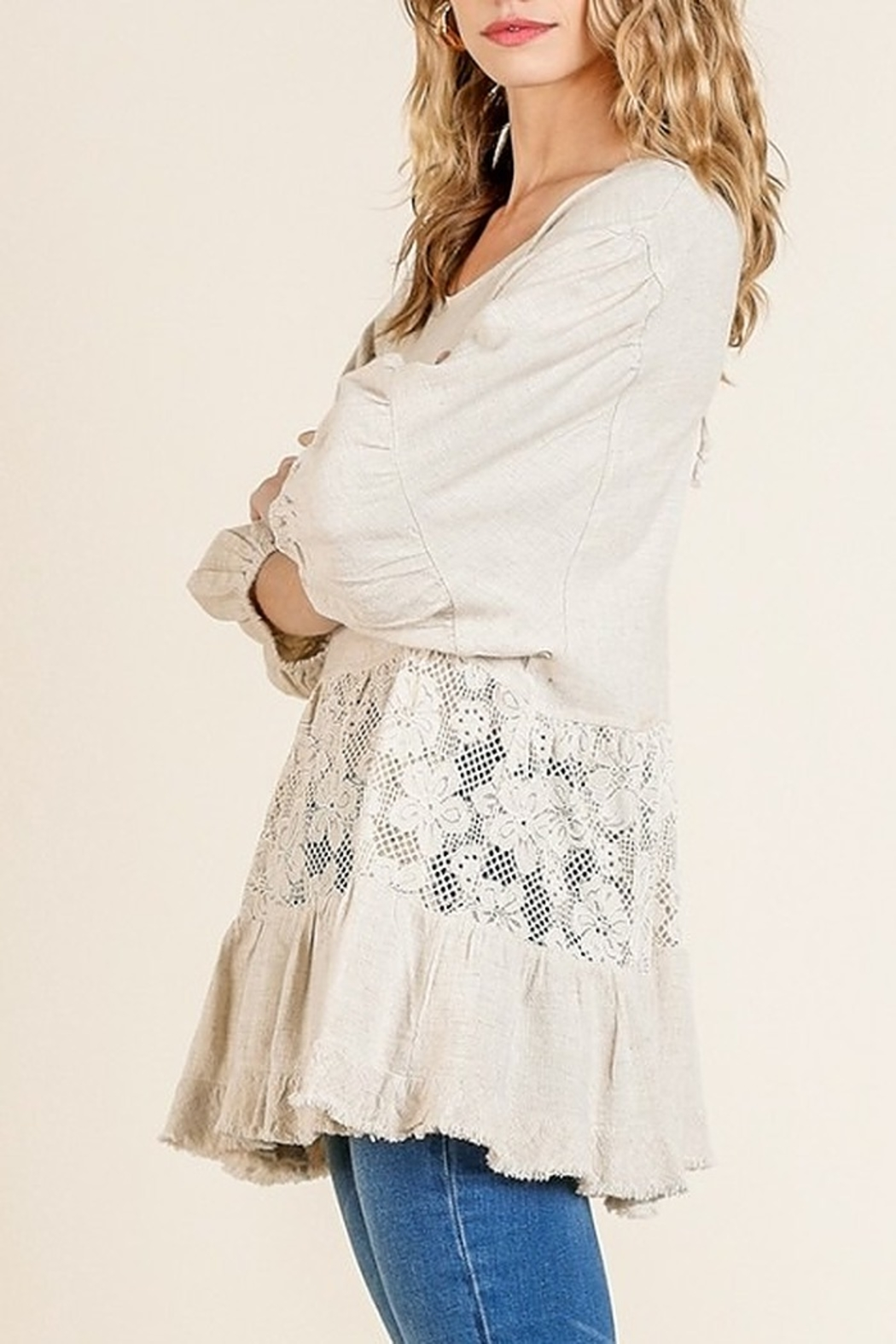 Umgee USA Floral Lace Beauty - Side Cropped Image